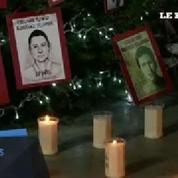 Mexique : un sapin de Noël orné des portraits des 43 étudiants disparus