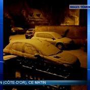 Images des témoins BFMTV - La neige annoncée par Météo France est là