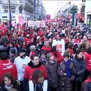 Paris: les salariés du commerce manifestent contre le travail dominical