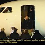 L'arrivée de l'ex-otage, Serge Lazarevic acceuilli par François Hollande