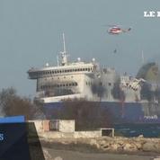 La marine italienne remorque le ferry Norman Atlantic