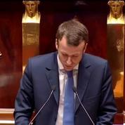 Un député FN désigné élu local de l'année: Bartolone et Macron boycottent la cérémonie