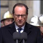 Hollande: les trois policiers sont morts pour que nous puissions vivre libres