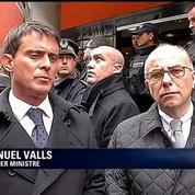 Attentat à <i>Charlie Hebdo</i>: «Nous ferons tout pour appréhender ces individus», déclare Valls