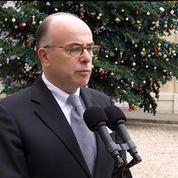 Charlie Hebdo: Tous les moyens mobilisés pour retrouver trois criminels, assure Cazeneuve