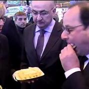 Au Salon de l'Agriculture, Hollande fait un stop au stand Aquitaine