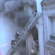 Paris : le sauvetage impressionant de personnes prises au piège dans un incendie