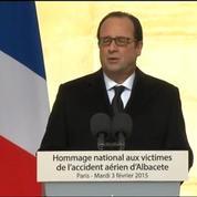 Hollande : «L'unité nationale est un bien précieux, les armées y contribuent»