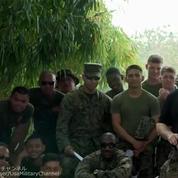 Pour une démonstration, des soldats américains et thaïlandais se font taser