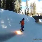 Un snowboard ultra-rapide grâce à deux fusées