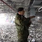 Trêve en Ukraine: plongée au coeur des ruines de l'aéroport de Donetsk