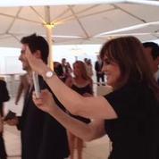 Dallas au festival de Monte-Carlo 2013: Linda Gray impressionnée par un champion du lasso