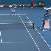 Open d'Australie: Un ramasseur de balles visé par un joueur