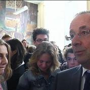 Hollande dénonce certains slogans de la manif pour tous
