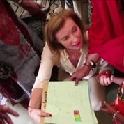 Mali: Valérie Trierweiler en visite à Gao