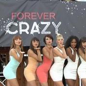 Les danseuses du Crazy Horse font leur show à Cannes