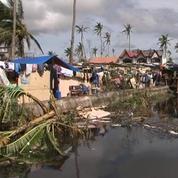 Philippines : les habitants s'organisent pour faire face aux pillards