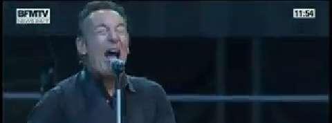 Bruce Springsteen embrase le Stade de France