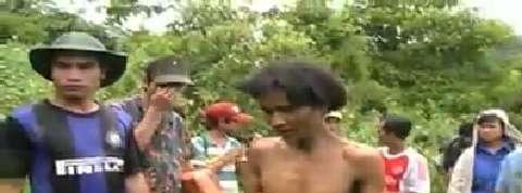 Vietnam : un père et son fils sortis de la jungle après 40 ans