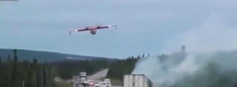 Un Canadair intervient sur un accident de la route