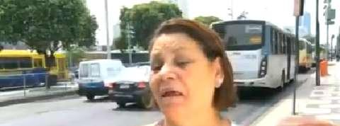 Brésil : elle se fait dépouiller en pleine interview... sur l'insécurité