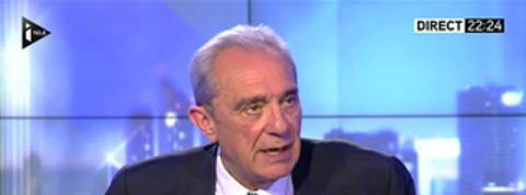UMP : «Sarkozy regarde avec une certaine satisfaction» (Debré)