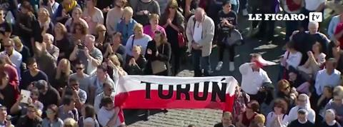 Mur de Berlin: le pape appelle à la chute de tous les murs