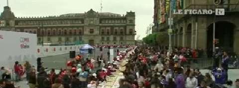 Mexique : un gigantesque gâteau de 9 000 kilos pour la fête des Rois Mages